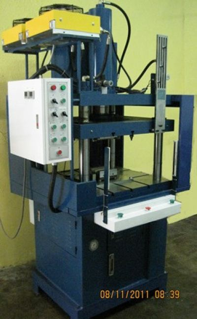 Hydraulic Press with Heat Staking for Vacuum Cleaner Component