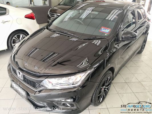 The HONDA CITY after apply with STE Coating the paint condition able to compare with the color of BMW or Mercedez Benz .