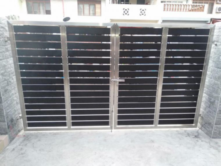 Installation Aluminum wood + ss304 gate door