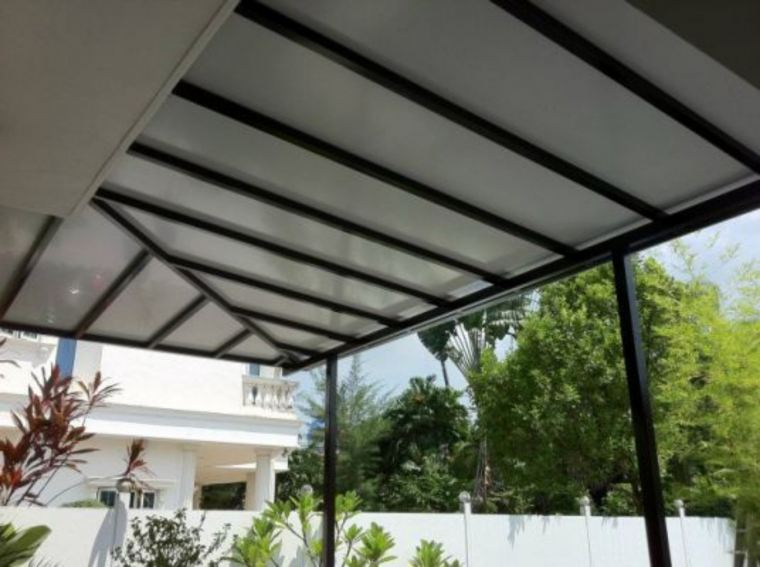 Installation ACP roofing carporch