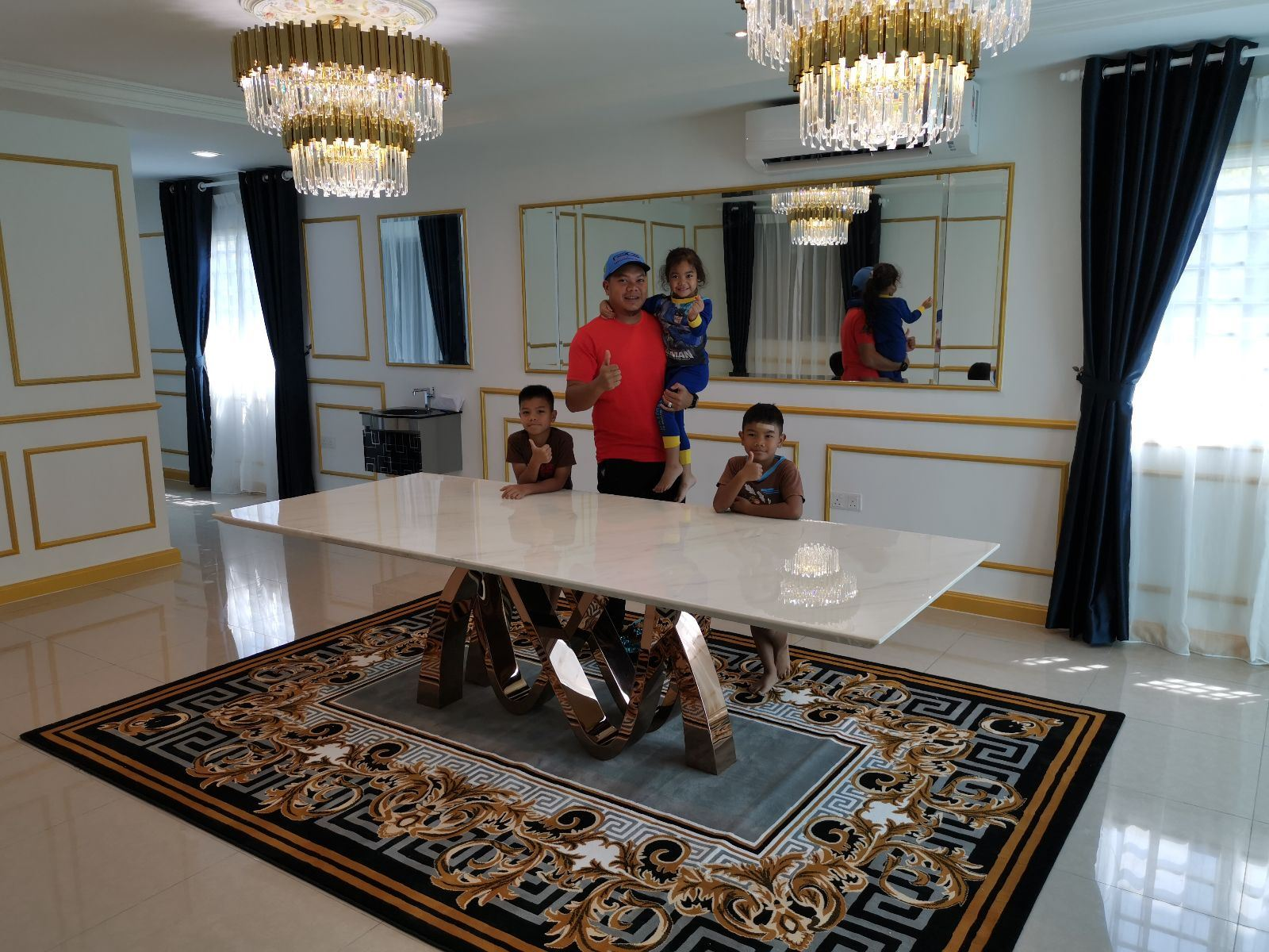 White Marble Dining Table From Greece - Ariston White Marble