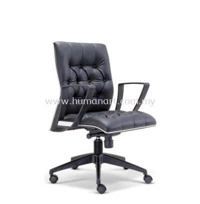 ZYRON DIRECTOR LOW BACK LEATHER CHAIR WITH CHROME TRIMMING LINE