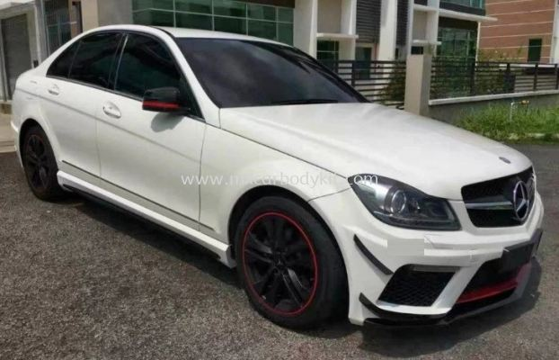 MERCEDES BENZ W204 C63 BLACK SERIES BODYKIT