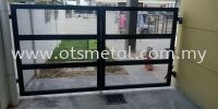 MMG018 Metal Main Gate (Grill)
