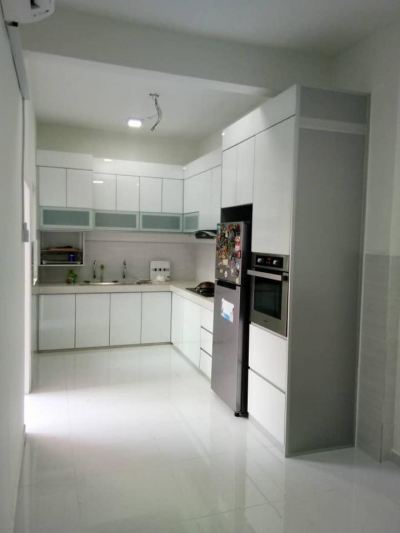 White Color Door Cabinet