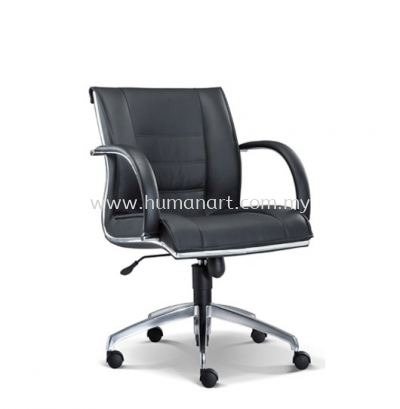 NOSSI EXECUTIVE LOW BACK LEATHER CHAIR C/W CHROME TRIMMING LINE
