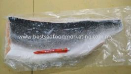 Salmon Fillet Trim C / 三文鱼片 (sold per kg)
