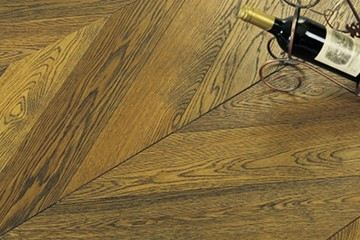 Oak-Chevron Bronzed & Brushed-S