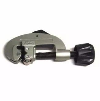 """Stanley Tube Cutter 1/8-1 1/8"""" 93-020"""