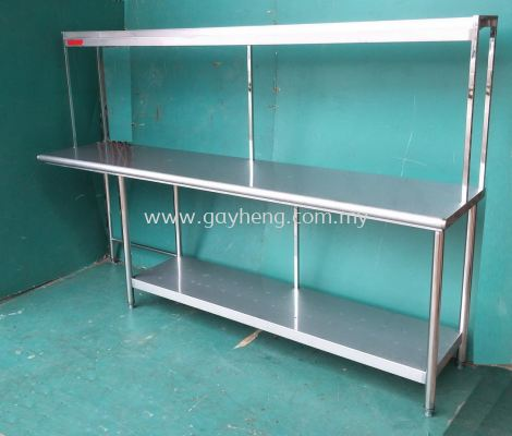 Stainless Steel Table with one tier rack ����