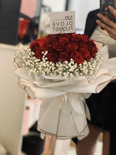 50 Roses RM350