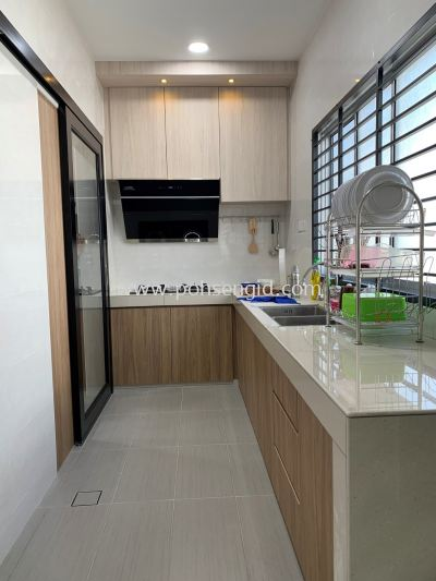 Solidply Kitchen Cabinet @ Rimbun Vista
