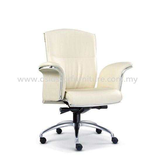 LEADER DIRECTOR LOW BACK LEATHER OFFICE CHAIR WITH CHROME TRIMMING LINE  - director office chair tropicana | director office chair mutiara tropicana | director office chair gombak