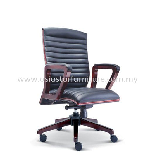 STONOR DIRECTOR MEDIUM BACK LEATHER OFFICE CHAIR WITH RUBBER-WOOD WOODEN BASE - wooden director office chair subang light industrial park | wooden director office chair taman perindustrian park | wooden director office chair pudu plaza