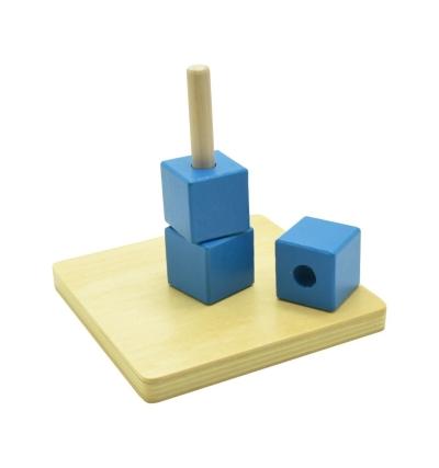 KIO024 Cubes on Vertical Dowel