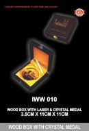 IWW 010 WOOD BOX WITH CRYSTAL MEDAL YL