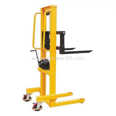 WS 0515 Winch Stacker