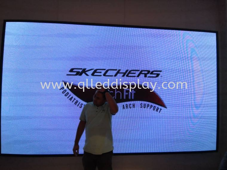Tropicana Gardens LED Screen @Skechers Indoor Shopping Center Led Screen