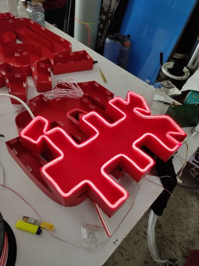 Led neon signage with 3d box up lettering