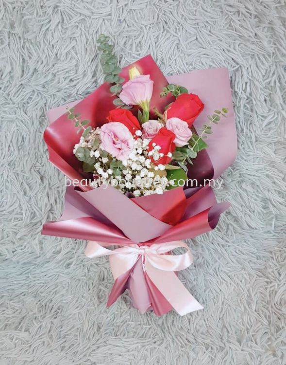 RB 072 Roses Bouquet