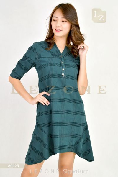 89125 PLaid Sleeve Dress