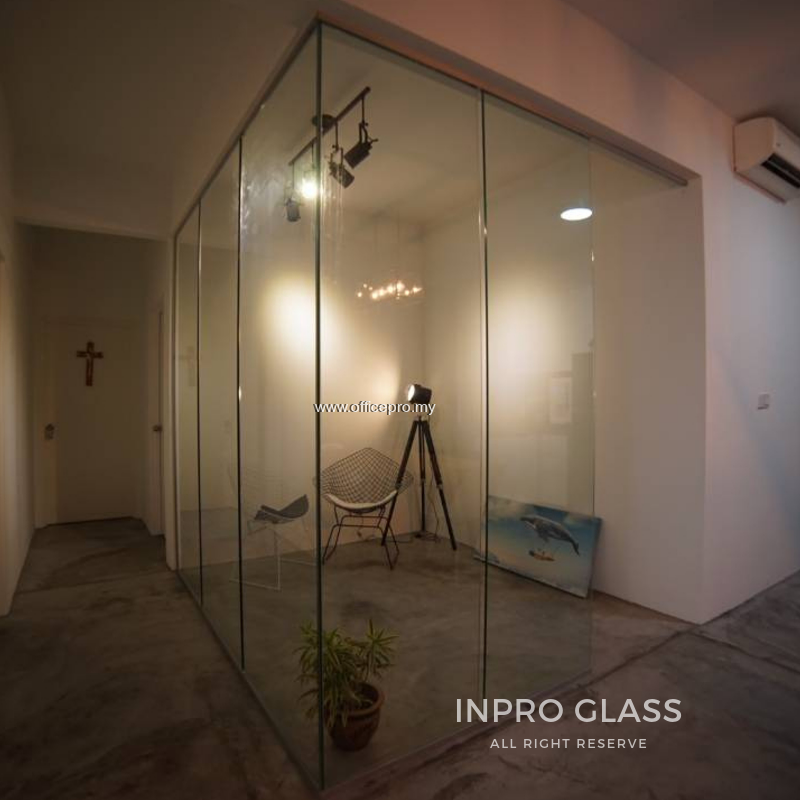 IPTGC-12 12MM TEMPERED CLEAR GLASS PARTITION