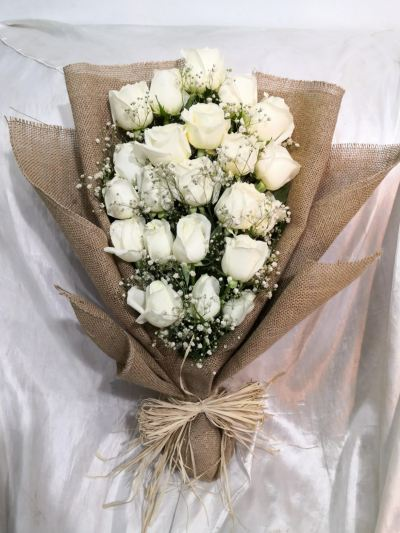 White Rose Bouquet (HB-1041)