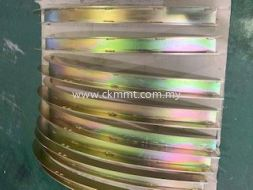 Curve Plate with Yellow Zinc