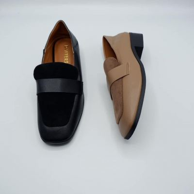 Square head style & Step on feet and wear flats