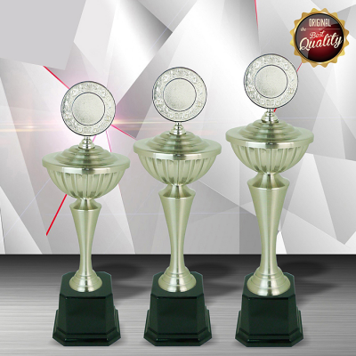 WS6085 Exclusive White Silver Trophy