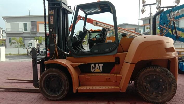 Caterpillar DP120 (YOM 2014)
