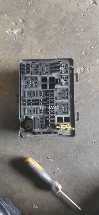 PROTON GEN 2 FUSE BOX ASSY ( JUNCTION BOX )