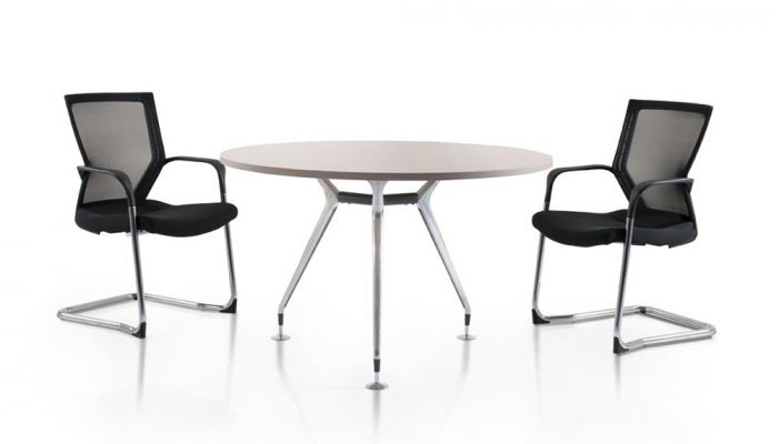 Round discussion table with elegant Abies chrome leg
