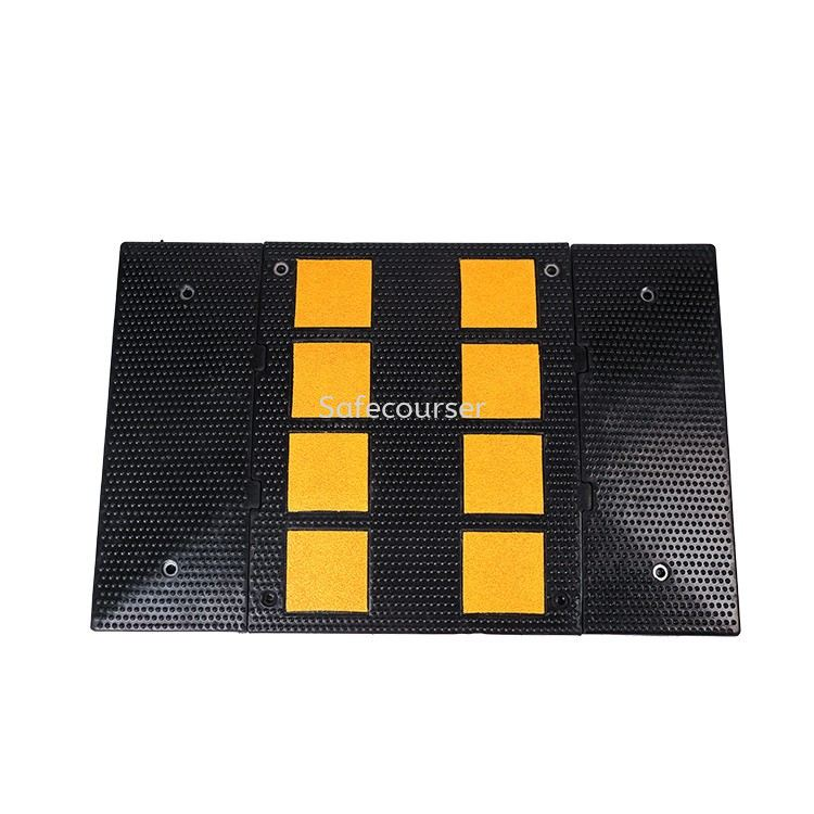 SC-SH22 110x110mm Cushion Rubber Road Humps For Plastic Speed Bump With Good Quality Roadway Saftey