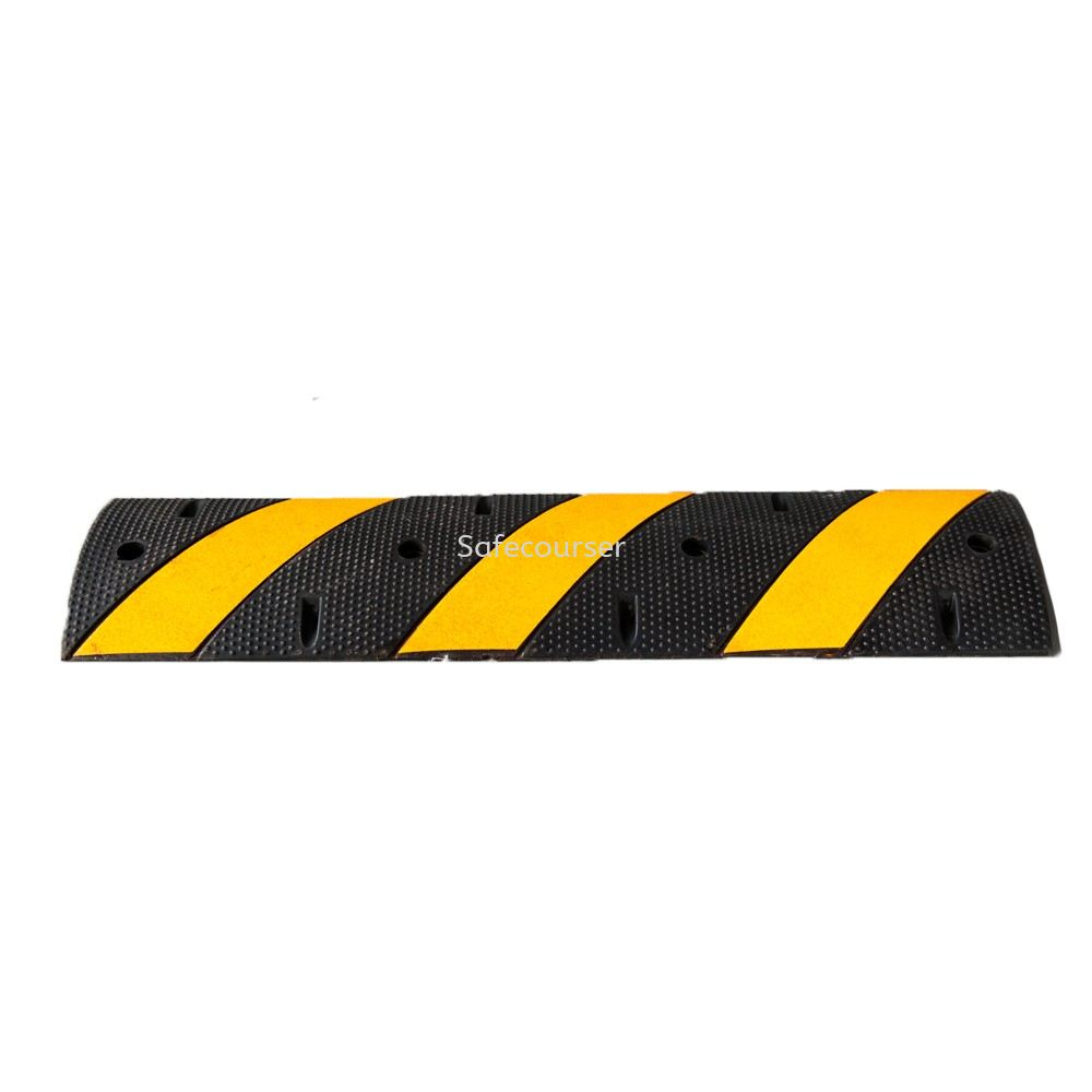 SC-SH12 1220*300*50mm Yellow Black Speed Humps Road Bump For Roadway Saftey
