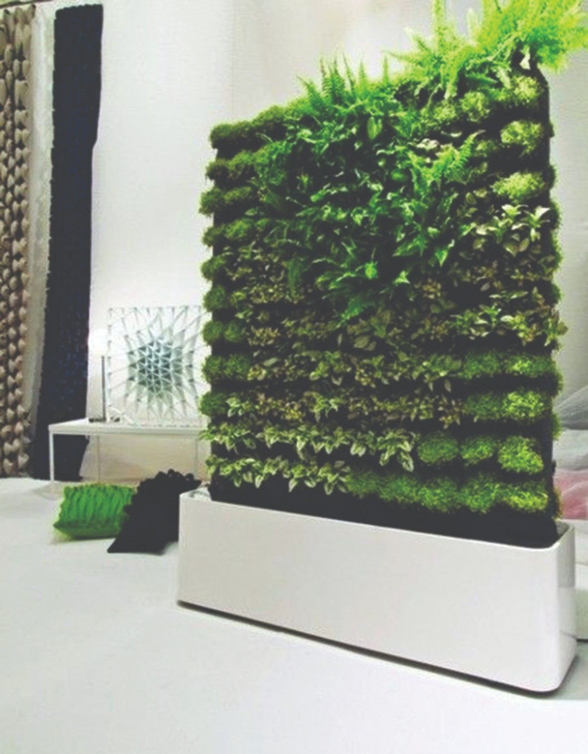 Green Wall Pot