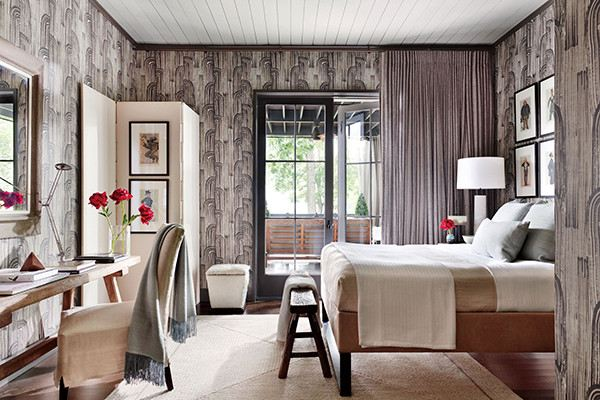 Wallpaper and wallpaper paint works