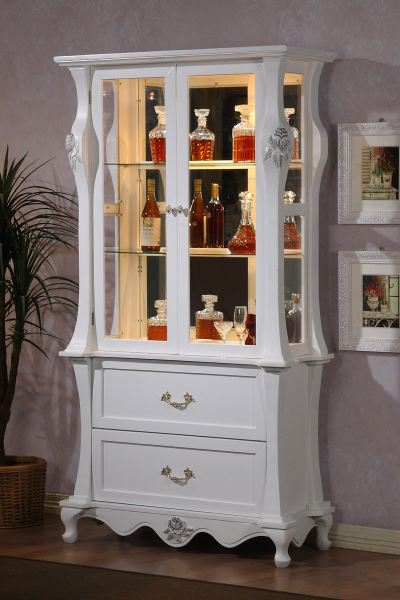 WINSOR - 2 DOOR DISPLAY CABINET