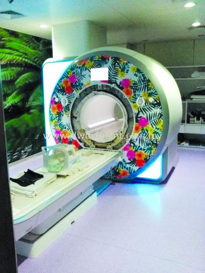 CT Scan decoration
