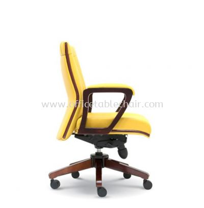 FREE DIRECTOR LOW BACK CHAIR WITH RUBBER-WOOD WOODEN ROCKET BASE ASE 2293
