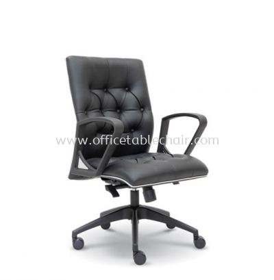 ULTIMATE DIRECTOR LOW BACK CHAIR WITH CHROME TRIMMING LINE ASE 2533