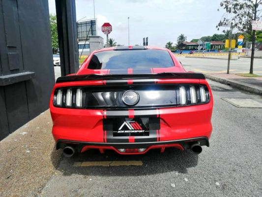 Ford mustang carbon fiber spoiler version 2