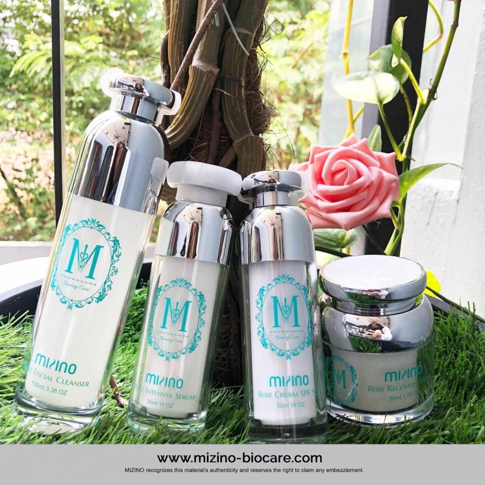 来自日本销售创新高的产品,玫瑰精华美白保湿系列,帮助您呵护您的肌肤哦~
