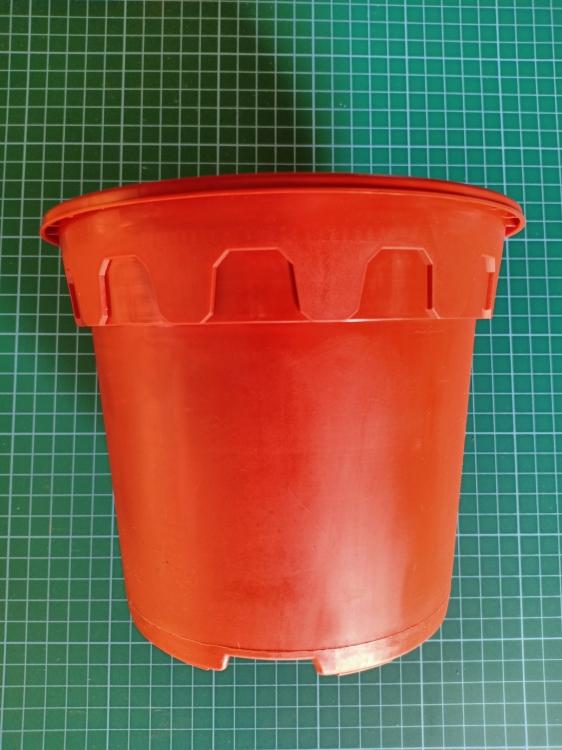 LS7-170 Plastic Flower Pot (Terra Cotta)