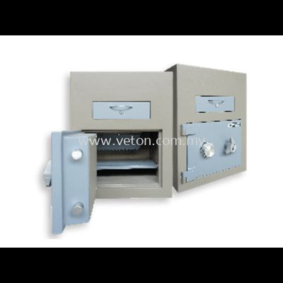 1680 TRAPMASTER NIGHT SAFE SECURED BY COMBINATION LOCK
