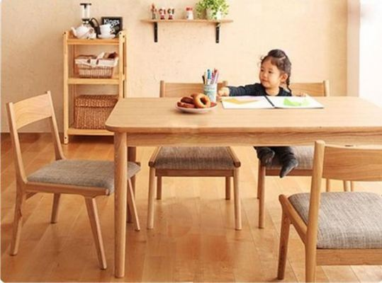 Japanese Style Kukku Round Edged Rubber Solid Wood Dining Table With 4 Chair Set