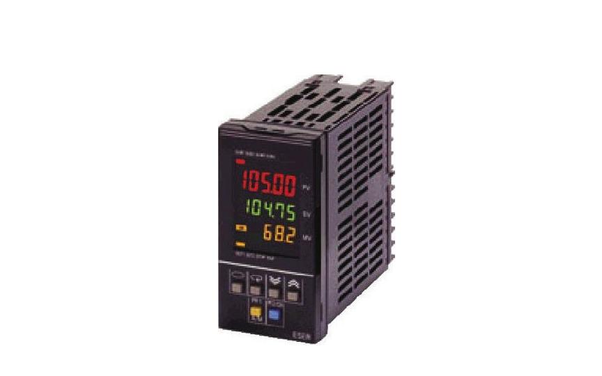 Omron E5ER-T  Omron _ Temperature Controllers