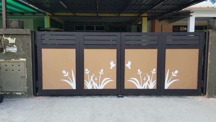Aluminium Trackless Folding Gate - Johor Bahru