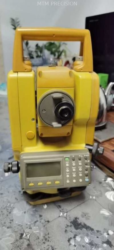 Used Topcon GTS-332 Total Station