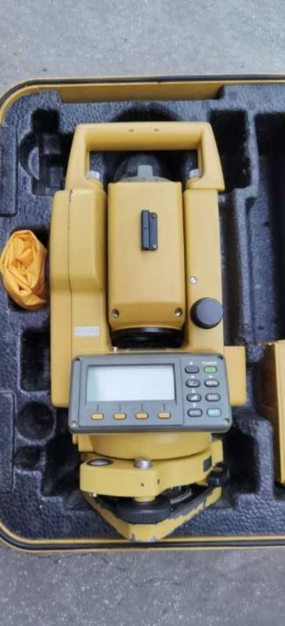 Used Topcon GTS-335 Total Station